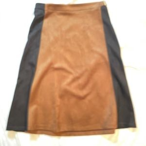 Size Large two tone a line skirt